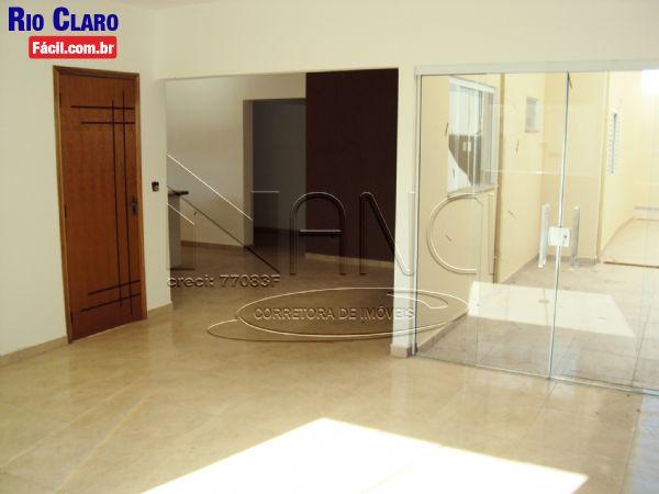 Cód. 195 - Casa Jardim Portugal