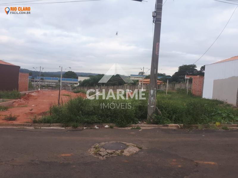 Terreno para Venda em Rio Claro / SP no bairro Vila Nova